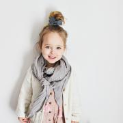 Muslin triangle scarf Cream-Cream