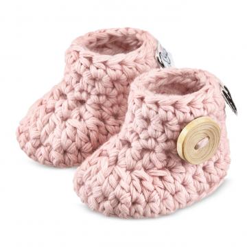 Różowe buciki dla niemowląt