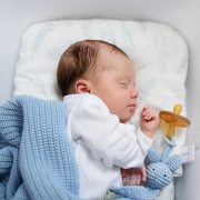 Bamboo baby pillow Heavenly feathers