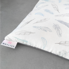 Bamboo play mat 150x150 - Heavenly feathers