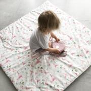 Playing mat 150x150 Blush rain
