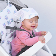Letnia chusta z daszkiem dla niemowlaka szara