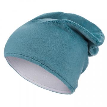 Niebieska czapka zimowa