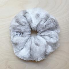 Furry scrunchie - Snow leopard