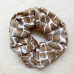 Gumka scrunchie futerkowa Giraffe