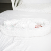 Premium Baby nest Luxe Fawns White