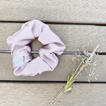Silk scrunchie - pale pink - OUTLET